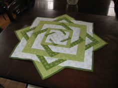 Twisted Star Table Topper - Class taken at Quilt Stitches in Beatrice, NE