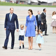 Kate, William, George and Charlotte left Poland and arrived to Berlin, Germany😍