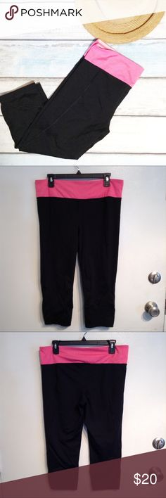 "Cropped Fitted Black & Pink Workout Pants Stretchy fitted cropped workout pants. Black with pink waistband. Size XL. Measures 17"" flat at waist and 21"" inseam. No modeling. Smoke free home. I do discount bundles. 90 Degree by Reflex Pants Capris"