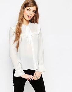 Ahhhh the cutest blouse