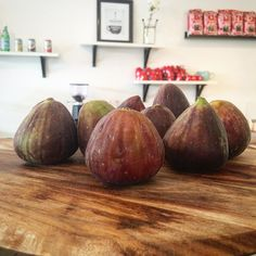 F I G S  Fresh in Season Figs Delivered to us this weekend by a very lovely customer that has to many figs growing on their tree... What a bad problem to have!  And now to make something delicious with these autumn beauties.  #watchthisspace#figs#fresh#straightfromthetree#lovelycustomers#bellarinepeninsula#oceangrove#dessertiscoming#delish#sicilianstyle#italiansdoitbest#italiano by cenzoandco http://ift.tt/1JO3Y6G