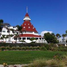 Hotel Del Coronado, California...now this is a beautiful place to see!