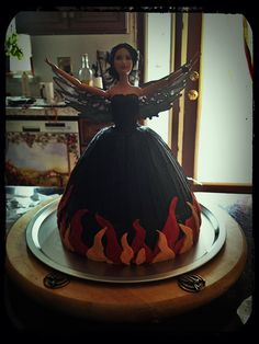 Hunger Games Catching fire, Barbie cake