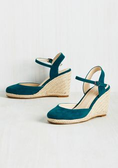 Plaits to Call My Own Wedge in Cerulean. A gig in the city means a new apartment and new style perspective, all of which these velvet wedges are ready to indulge! #blue #modcloth