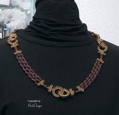 """Lauter Ringe und kurze Ketten lassen nur den Namen """"Rings-and-Ropes""""  zu und das passt natürlich hervorragend zu Cordula Spirali.   Eine rel..."""