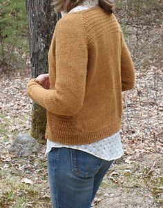 This would be gorgeous in Ultra Alpaca Light! It's sweater season... A classic, feminine cardigan with light texture and set in pockets to give it charm.