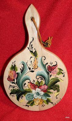 Norwegian Rosemaling -- Bread Board -- Hand Painted -- For Your Norwegian Grandmother