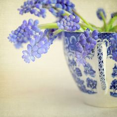 CHINOISERIE Collection ~ Friday Flowers ... Wishing you all a beautiful Spring Weekend. We ship World Wide.