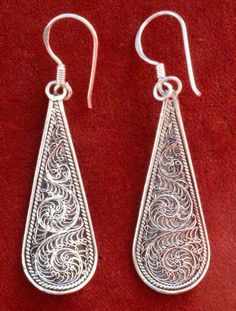 Earrings - Tarakasi is a type of silver Filigree work from Cuttack, a city from Odisha in the eastern part of India.