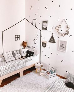 Kids Bedroom Furniture Design, Kids Room Design, Bedroom Decor, Boy And Girl Shared Bedroom, Boy Room, Decoration, Masking Tape Wall, Papel Contact, Instagram