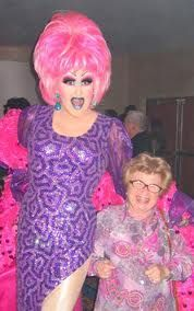Drag Queen, Dr Ruth