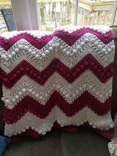 Hugs & Kisses Baby Blanket Crochet Pattern + Video Tutorial! #crochet #crochetlove #style