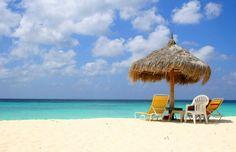 Aruba Eagle Beach Girls   Confira a receita de 5 drinks que te fazem sentir o espírito de Aruba ...