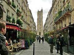 Rue des Martyr, near Clémence's art class.