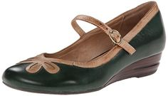 Gorgeous Green Mary Jane Flats - So Jazzy! See more fabulous shoes at http://www.myclassicjewelry.com/blog/shopping-pages/shop-fabulous-shoes/