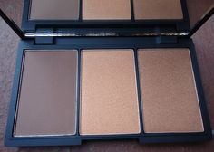 One of my favorite products from Sleek MakeUp is their Contour Kit. The Contour Kit now has a big sister and instead of containing just a contour and highlight, it now has a blush/bronzer as well. Face Form works to sculpt your features including highlighting cheekbones and brow bones, and slimming the nose and jawline using contouring.