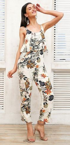 15 Hot Jumpsuit Ideas for 2018 - Page 13 of 22 - The Glamour Lady Casual Outfits, Summer Outfits, Cute Outfits, Glamour Ladies, Wedding Jumpsuit, Cool Style, My Style, Dress Codes, Jumpsuits For Women