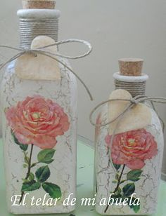 Resultado de imagen para how to fabric decoupage wine bottle Wine Bottle Corks, Wine Bottle Crafts, Bottle Painting, Bottle Art, Shabby Chic Kitchen Accessories, Decoupage Glass, Jar Art, Altered Bottles, Recycled Bottles