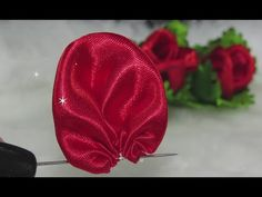 DIY Very Amazing And Creative Art Using Ribbon - Free Online Videos Best Movies TV shows - Faceclips Bed Cover Design, New Year Diy, Pearl Crafts, Fabric Manipulation Techniques, Baby Hair Bands, Hanging Flower Wall, Bottle Cap Crafts, Ribbon Art, Diy Hair Bows
