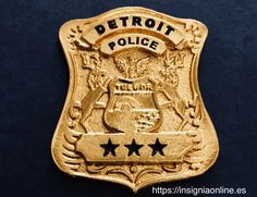 Funny Dancing Gif, Police Badges, Dance Humor, Detroit Michigan, Porsche Logo, Knives, Video Games, Guns, Weapon