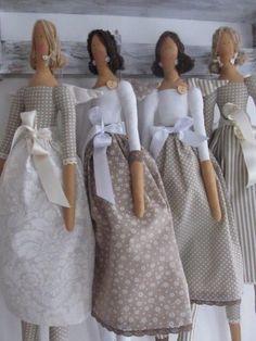 Best 9 Tilda Doll BODY-handmade-Cloth doll body blank unstuffed presewn-ready to stuff- 25 inches tall- collectible dolls- tildas- cloth doll – SkillOfKing. Doll Clothes Patterns, Doll Patterns, Clothing Patterns, Fabric Dolls, Paper Dolls, Tilda Toy, Homemade Dolls, Creation Couture, Sewing Dolls