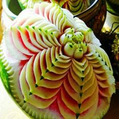 THE ART OF FOOD CARVING