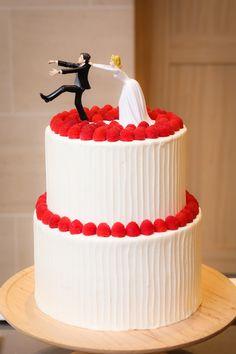 先輩花嫁「eri_0113_wedding」の披露宴の写真まとめ - ウエディングニュースブライズ Wedding Images, Elegant Wedding, Cake Recipes, Raspberry, Boho, Baking, Winter, Desserts, Wedding Cake