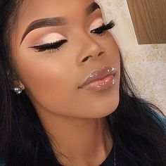 2019 Makeup Ideas for Dark Skin Women - Make Up - Makeup For Black Skin, Black Girl Makeup, Girls Makeup, Makeup For Red Dress, Makeup Black Women, Black Makeup Artist, Blue Eye Makeup, Maquillage Black, Maquillage Yeux Cut Crease