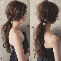 Lazy low ponytail elegant and good-looking Bride Hairstyles, Messy Hairstyles, Pretty Hairstyles, Wedding Hair And Makeup, Bridal Hair, Hair Makeup, Flower Crown Hairstyle, Hair Arrange, Hair Setting