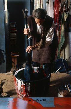 HEDOUVILLE, Fabienne Verdier peintre dans sa maison atelier