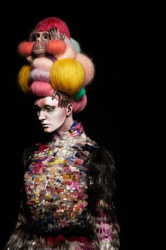 Nikoline Liv Anderson..My fav Artful Circus pin so far....monkee in the hair....all of it♥♥♥♥♥♥♥♥♥