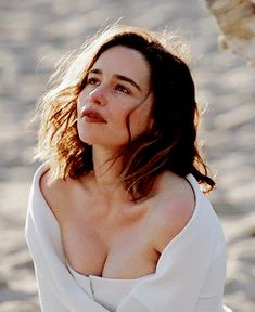 daenerystargaryen:  Emilia Clarke for Harpers Bazaar UK (July...