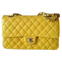 Classic Yellow Bag  CHANEL   £2457  Vestiaire Collective