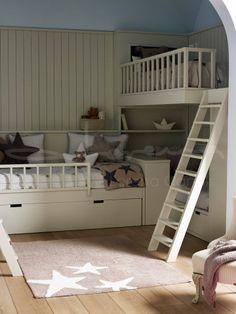 Habitación infantil para tres hermanos - via Enfants et Maison