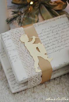 Dear Lillie: Gift Wrapping