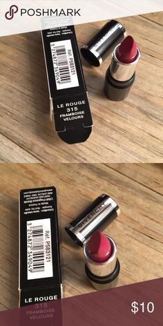 GIVENCHY Deluxe Lipstick From Sephora. Deluxe Sample lipstick. Makeup Lipstick
