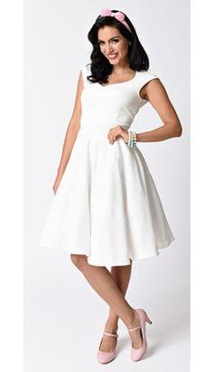 Vintage Style White Textured Sweetheart Cap Sleeve Swing Dress
