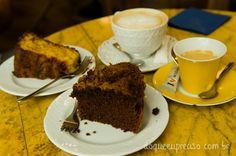 Bolo de cenoura com calda de chocolate, café e café com leite - Café Botànico (Zaragoza - ES)