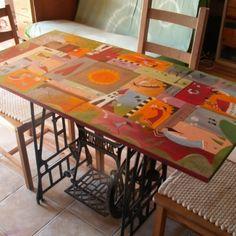 Veľký relaxačný maľovaný stôl