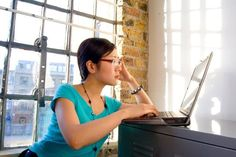 6 Free Online Courses to Boost Your Career Skills - Online Courses - Ideas of Online Courses - Want to upgrade your career skills? These 6 free online courses on Coursera will help you improve your career skills and give you a competitive advantage. Free Courses, Online Courses, Importance Of Time Management, Thing 1, Online College, Learning Spanish, Spanish Class, Homeschool, Training