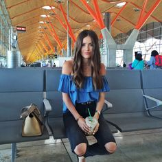 What a beautiful blouse! And the model as well <3 from European Travel Diary | Blank Itinerary