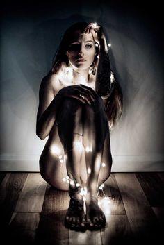 Photographer: Kasia Ferguson – Fergushots Photography Model: Desari