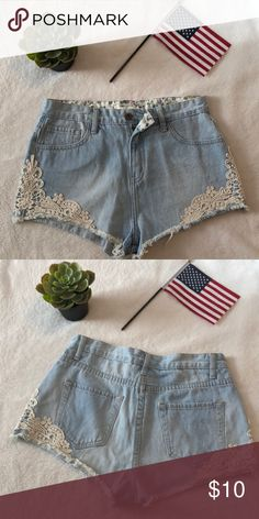acb103ddea Jean shorts Forever 21. Size 28 I only used 2 times, still look new