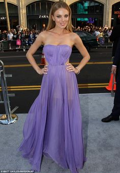 Bar Paly looked super slim at the Pain And Gain premiere