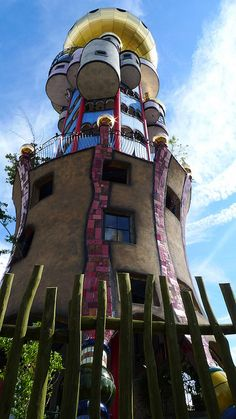 Friedensreich Hundertwasser :: Kuchlbauer Turm Abensberg - Bierturm