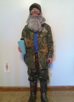 Riley as Si Robertson. :) costume  Kids costume Duck dynasty  Halloween costume  DIY Homemade