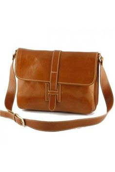 """""""Made In Italy"""" Leather Messenger Bag, Man Bag - Sinclair https://largepurseshop.com/collections/leather-man-bags/products/made-in-italy-leather-messenger-bag-man-bag-sinclair"""