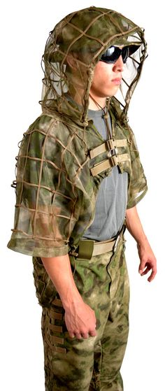 www.tacticalconcealment.com auto_resize_blowup_mobile.cfm?picurl=prod_images_blowup 4th_full6.jpg&title=MOSQUITO%20Cobra%20(ghillie%20suit%20foundation)