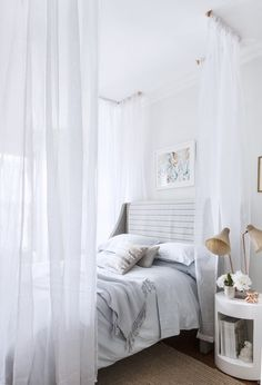 10+Hacks+for+Creating+a+Canopy+Bed+via+@mydomaine