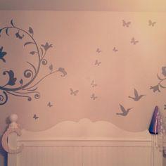 decor; girls room, princess theme.